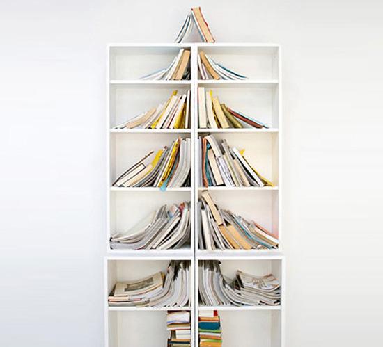 25 ideas creativas sobre la navidad para amantes del - Arbol de navidad con libros ...
